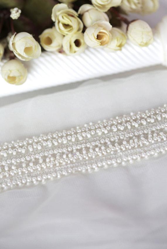 Elegant Pearl Bridal Trim
